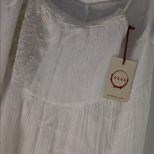 Dresses & Skirts - White Boho Style Dress